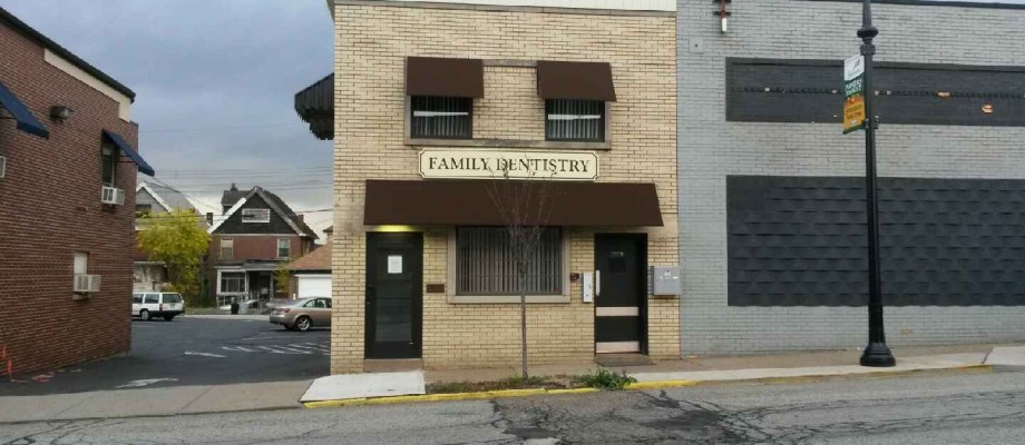 7451 Washington Avenue Pittsburgh, PA 15218 (Swissvale)